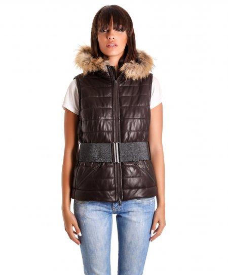 F201 • colore marrone • gilet in pelle con cappuccio in pelliccia • nappa effetto liscio