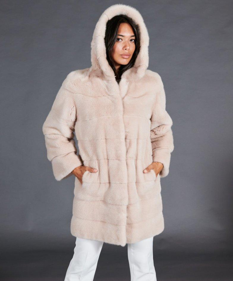 Cappotto in pelliccia di visone con cappuccio • colore cipria