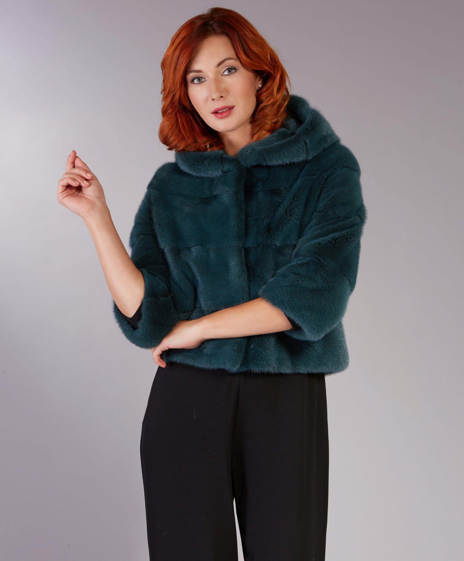 Veste en fourrure femme capuche manche 3 4 vert - Fourrure en ligne d786addadc7