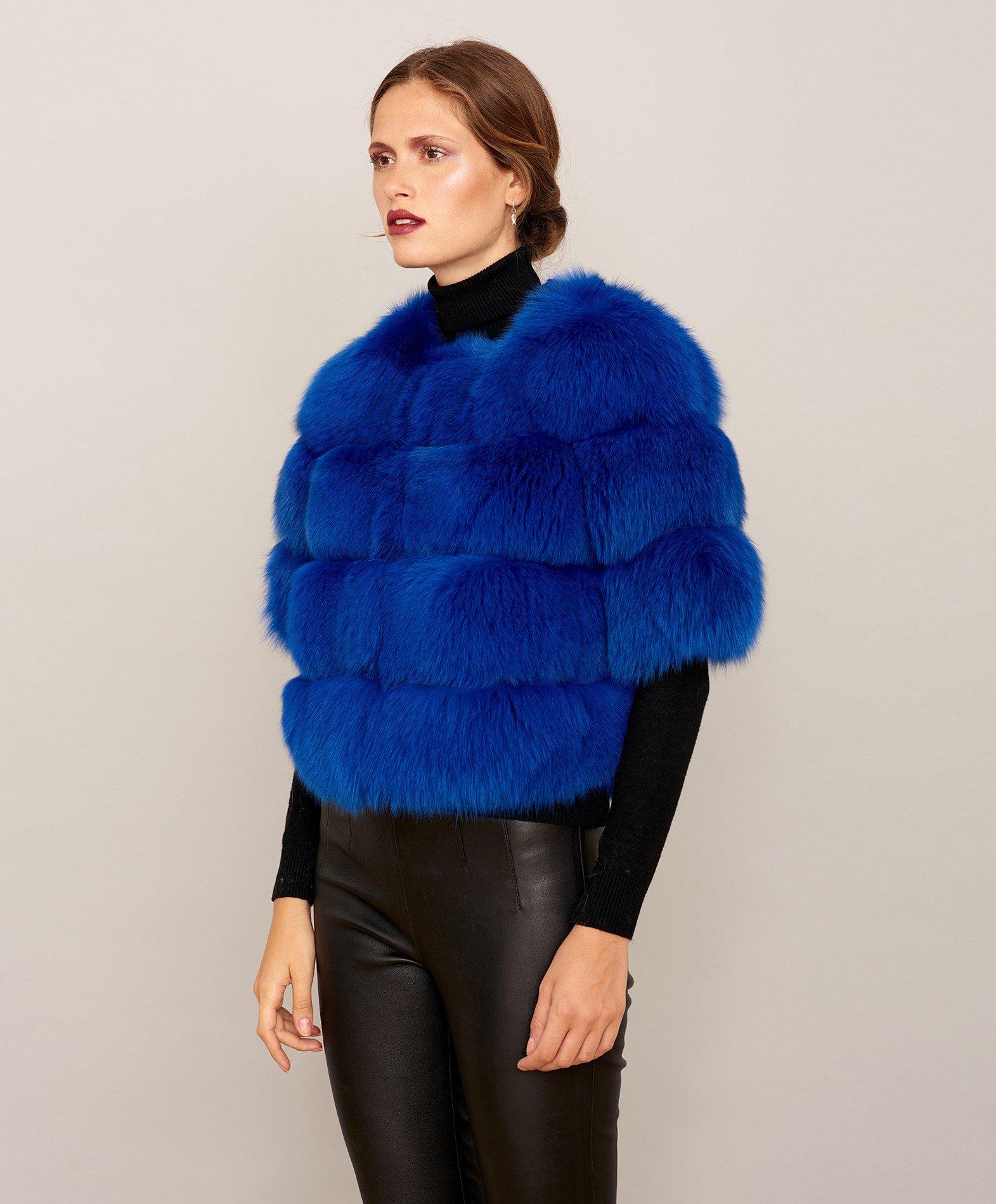 91cd012819f30b veste-fourrure-renard-femme-avec-manche-courte-couleur-bleue.jpg