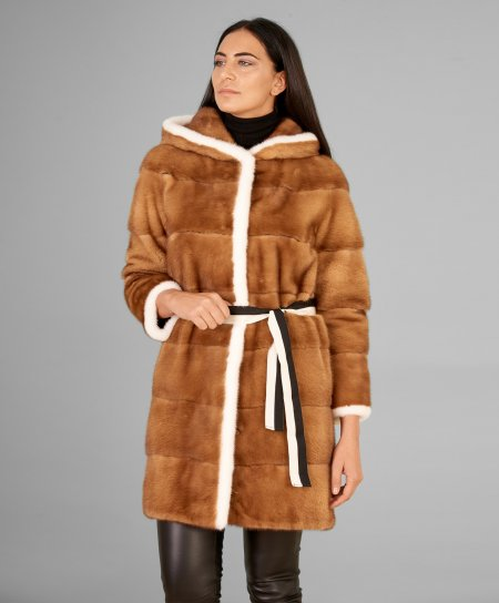 Cappotto in pelliccia di visone con cappuccio disegno fantasia • colore miele